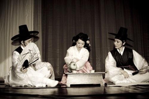 company Soun- Mina Ah Yang