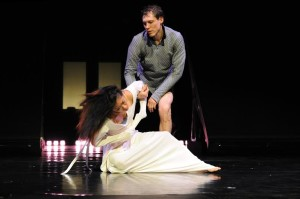 wee d.company, romeo & julia, duo, julia in white dress 2015, group